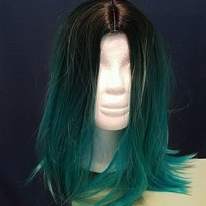 Accessories - Adjustable medium length wig